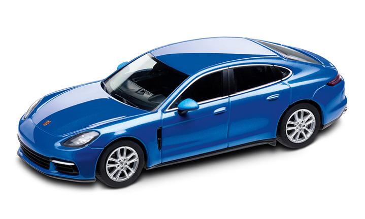 1:43 Model Car | Panamera 4S in Sapphire Blue Metallic