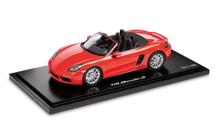 Limited Edition 1:18 Model Car | 718 Boxster in Lava Orange