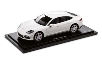 Panamera Turbo G2, White, 1:18