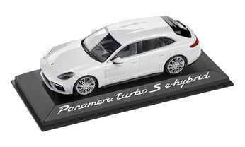 1:43 Model Car | Panamera Sport Turismo Turbo S E Hybrid in Carrara White Metallic