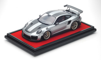 Porsche 911 GT2 RS Weissach-Paket 1:12, Limited Edition