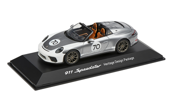 1:43 Model Car | 911 Speedster Heritage Package Silver Metallic