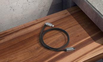 USB type C™ スマートフォン充電ケーブル Apple Lightning®