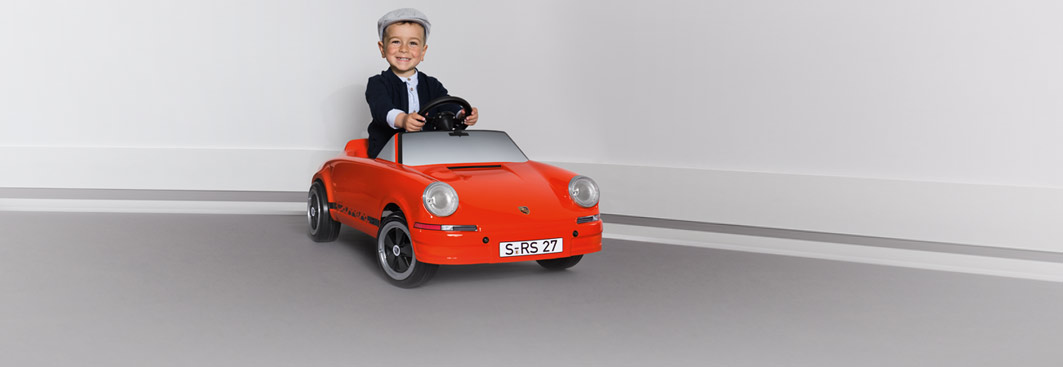For Kids - RS 2.7 Pedal Car, blood orange